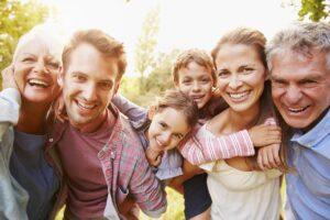 Becas Bienestar Para Las Familias y Créditos para Negocios